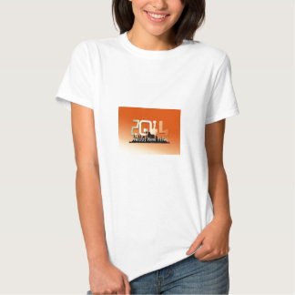 Um dia dos 2014 felizes anos novos t-shirts