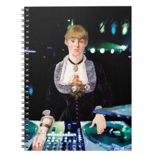 Um DJ no Folies-Bergère Cadernos
