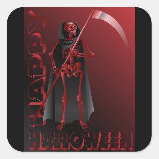Um esqueleto com um scythe o Dia das Bruxas feliz Adesivo Quadrado