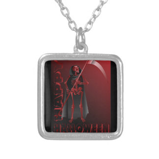 Um esqueleto com um scythe o Dia das Bruxas feliz Colar Banhado A Prata