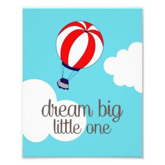 Um impressão pequeno grande ideal da foto do balão