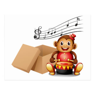 Um macaco que joga com notas musicais e um b vazio cartão postal