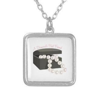 Um melhor amigo dos diamantes colar personalizado