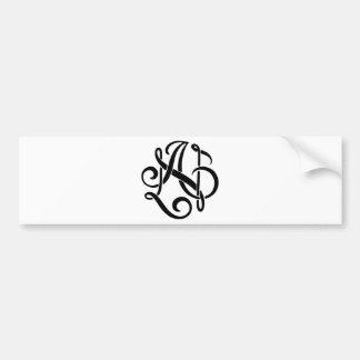 Um monograma preto adesivo para carro
