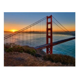 Um nascer do sol absolutamente impressionante cartão postal