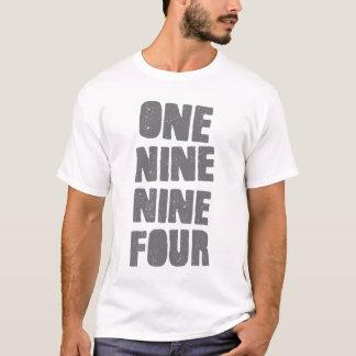 Um nove nove camisa de quatro logotipos - branco