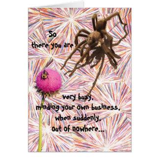 Um outro aniversário agarra-o cartão da aranha