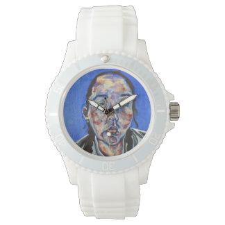 Um relógio com uma cara como a cara!