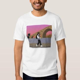 Um Stroll da opinião da ponte alt (digital) Tshirts