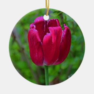 Um sussurro do uísque ornamento de cerâmica redondo