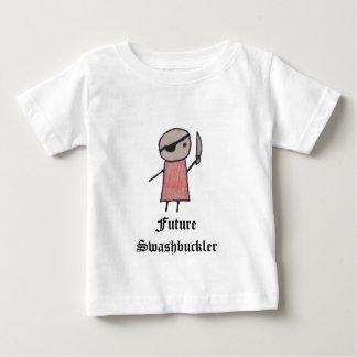 Um t-shirt pequeno do bebê do pirata