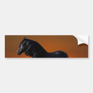 Um traquinagem do por do sol dos cavalos adesivo para carro