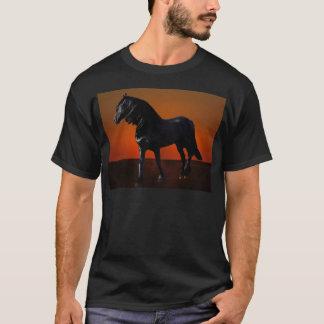 Um traquinagem do por do sol dos cavalos camisetas