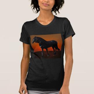Um traquinagem do por do sol dos cavalos tshirt
