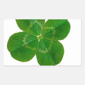 Um trevo de quatro folhas adesivo retangular