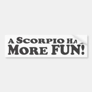 Uma Escorpião tem mais divertimento! - Autocolante Adesivo