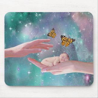 Uma fantasia disponivel do bebé bonito mouse pad