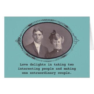 Uma foto extraordinária do vintage do casal cartões