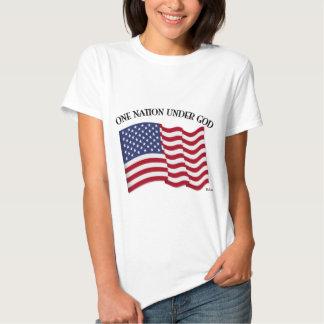Uma nação sob o deus com bandeira dos E.U. Camiseta