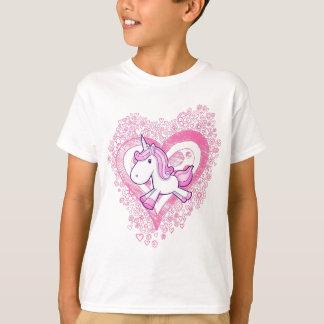 Unicórnio bonito com o t-shirt das flores & dos camiseta