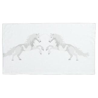 Unicórnio do branco da ilustração