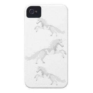 Unicórnio do branco da ilustração capa para iPhone 4 Case-Mate