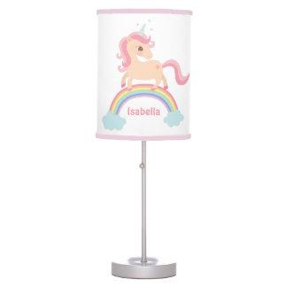 Unicórnio doce na lâmpada da decoração da sala das