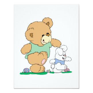 Urso bonito e coelhinho da Páscoa Convite Personalizados