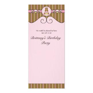 Urso com convite cor-de-rosa das listras verticais convite 10.16 x 23.49cm