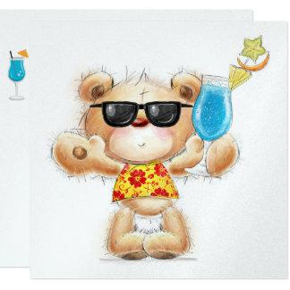 Urso de ursinho com convite do cocktail e dos