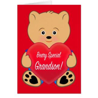 Urso de ursinho com o neto do aniversário do cartão comemorativo