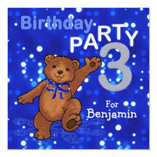 Urso de ursinho da dança do partido de aniversário