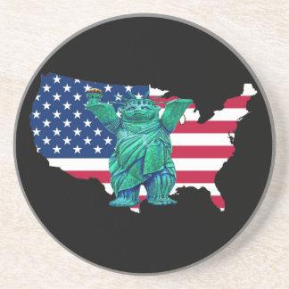Urso de ursinho estátua de Libert e de mapa dos E Porta-copo