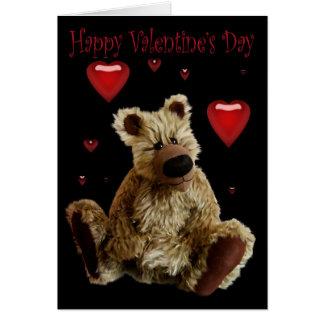 Urso de ursinho feliz do dia dos namorados com cartão comemorativo