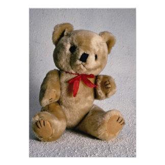 Urso de ursinho marrom bonito convite personalizados