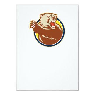 Urso de urso que Swiping a pata retro Convite Personalizado