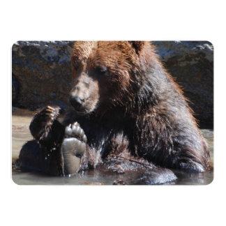 Urso embebendo convite 12.7 x 17.78cm