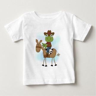 Vaqueiro do sapo com camiseta e presentes do