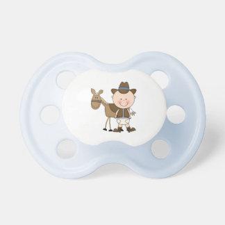 Vaqueiro futuro no desgaste ocidental chupeta para bebê