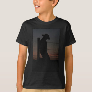 Vaqueiro no por do sol tshirts