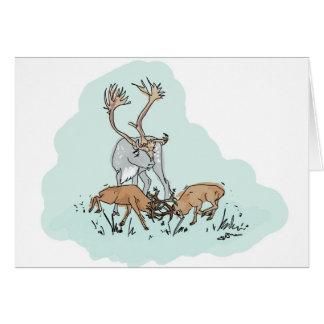 Veado vermelho do anão com cartão da rena