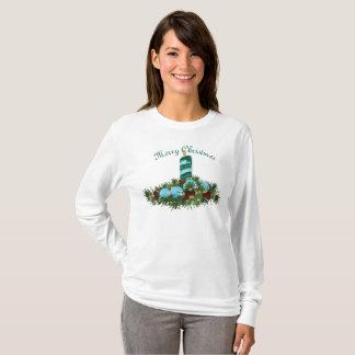 Vela azul do Natal com Evergreens Camiseta