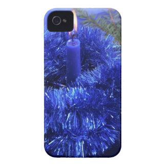 Velas azuis dos enfeites de natal capa para iPhone
