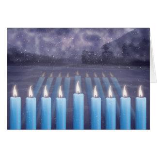 Velas de Hanukkah & cartão nevado da janela