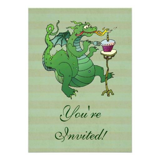 Velas de sopro do aniversário do dragão engraçado convite personalizado