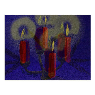 Velas vermelhas do cartão 4 & fundo brilhante azul