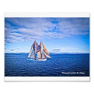 veleiro 8 x 10 em um mar azul impressão de foto