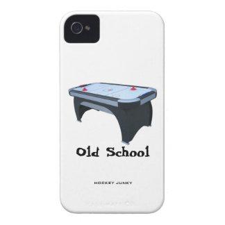 VELHA ESCOLA CAPINHA iPhone 4
