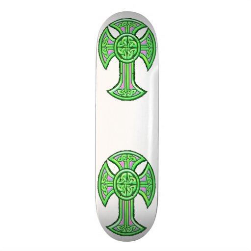Verde da cruz celta 2 skateboard