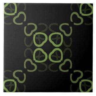 Verde da telha cerâmica no teste padrão preto do azulejo quadrado grande